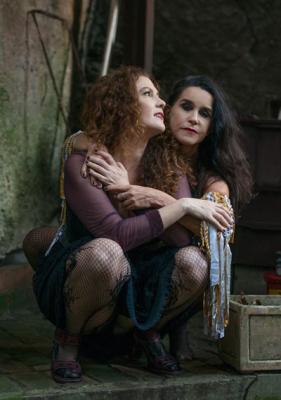 Beatriz Azevedo e Lucélia Santos