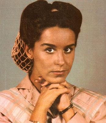 Lucélia Santos como Virgínia