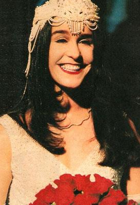 Lucélia Santos como Angélica