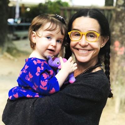 Lucélia e sua neta Carolina