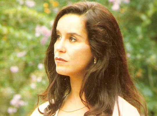 Lucélia Santos como Regina